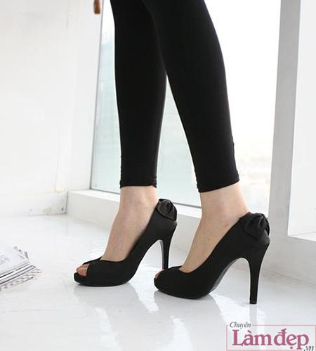 chọn trang phục cho co nàng chân ngắn